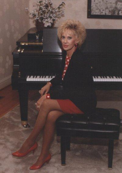 Tammy Wynette Displays